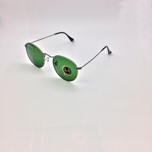 Ray-Ban RB3447 029 Green Classic Sunglasses New